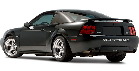 2003 Ford Mustang на дисках 17 A.R. Vintage Torq-Thrust II